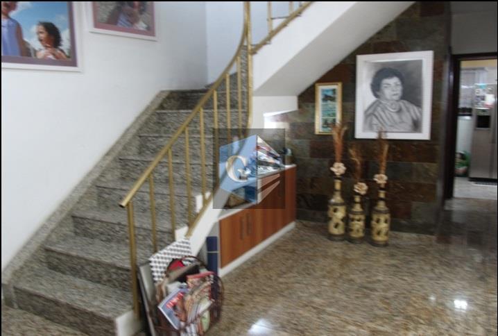 itaipú- casa duplex -montada - 1ºpav: varandão -salão ( 40m²) - banheiro social - copa/coz (...