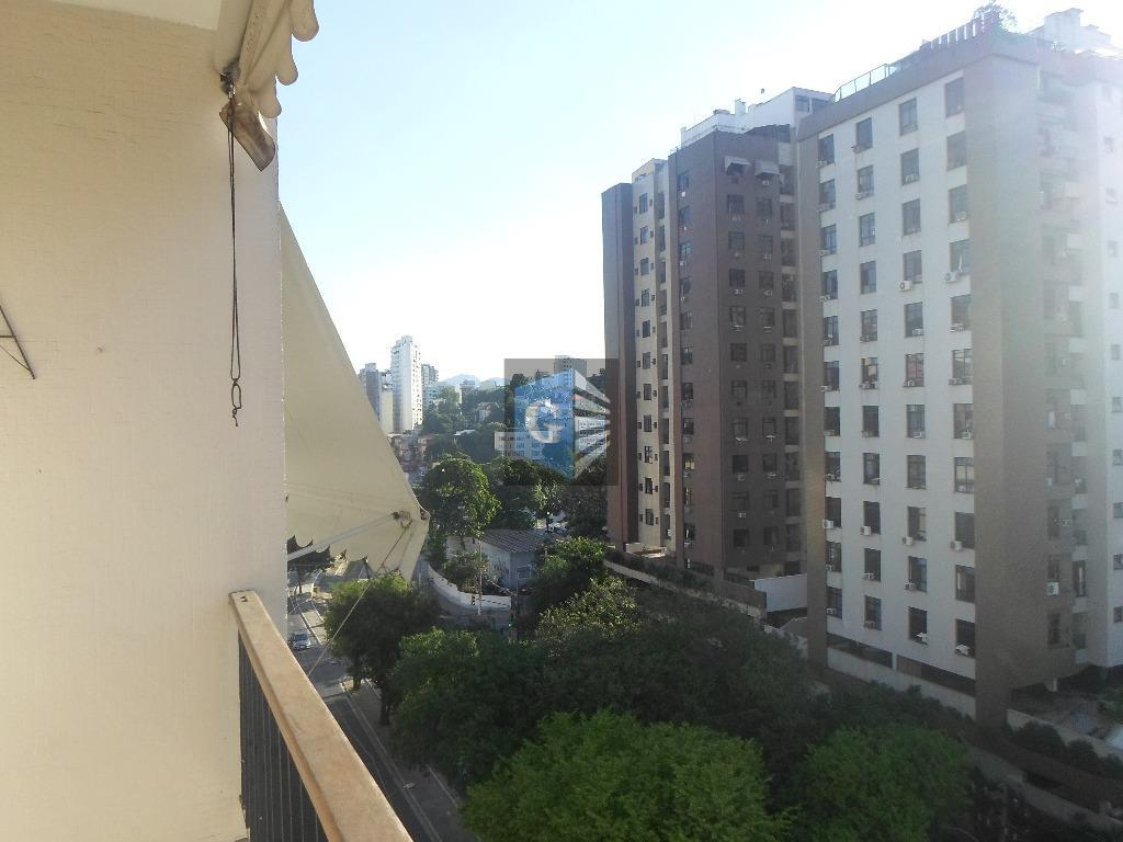 Av.Alte Ari Parreiras -montado -piso cerâmica- varda- sla - 3qtos-1ste- 2bhºs -boa coz -deps -garagem.