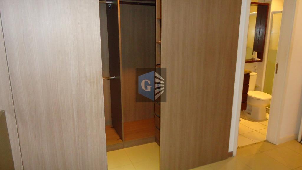 apartamento para locação em charitas-niterói.apartamento com vista mar da varanda, sala, 03 quartos sendo 01 suite,cozinha,...