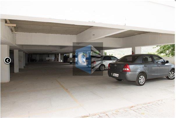 flat residencial - vazio - piso cerâmica - sala- 1quarto - banheiro social - cozinha -...
