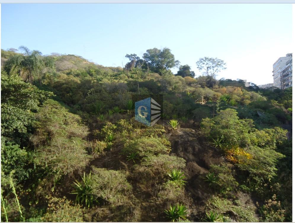 Campo São Bento- muito confortável e reformado -  slão(60m²) - 3qts - 1suíte - deps - garagem- garNiterói.