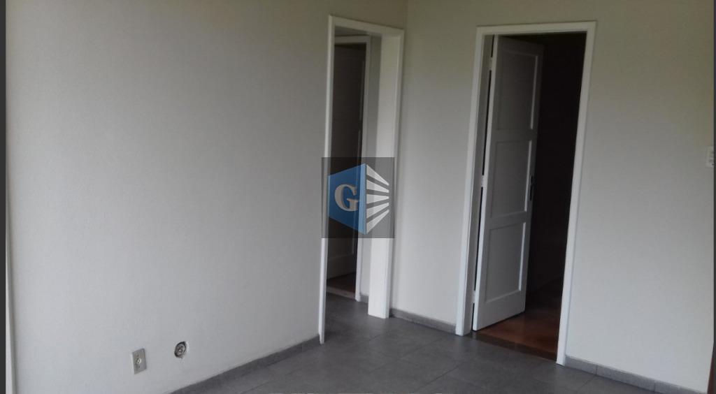 centro- próx.marques de paraná - vazio - frente - todo piso portobello - sala - 2quartos...