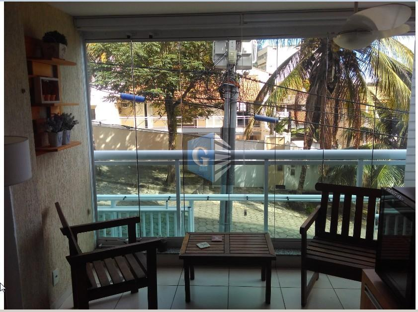 São Francisco - frente - montado - varanda - 2qts -1 suíte - área - 1vaga -playclub