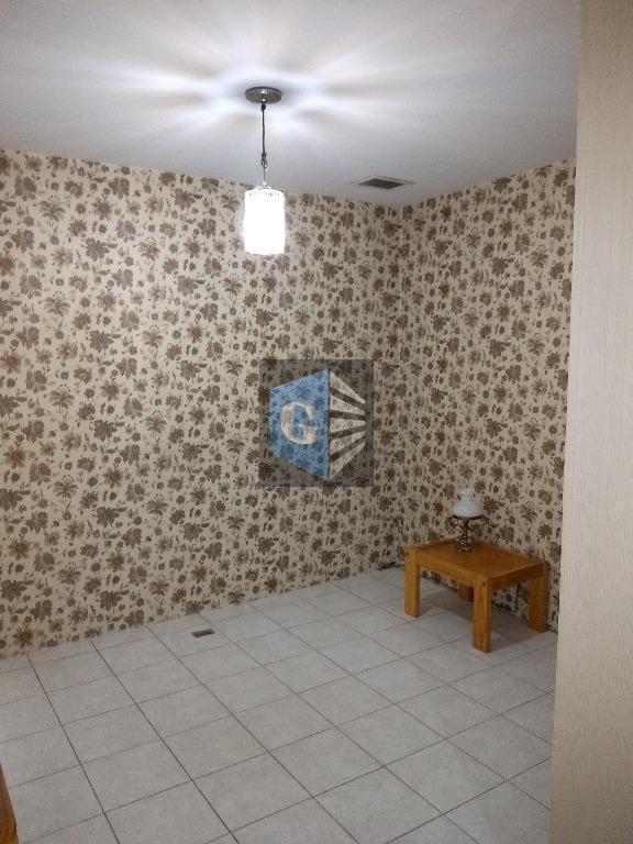 próximo ao forum . sala com recepção, copa, outra sala menor , banheiro. prédio funciona de...