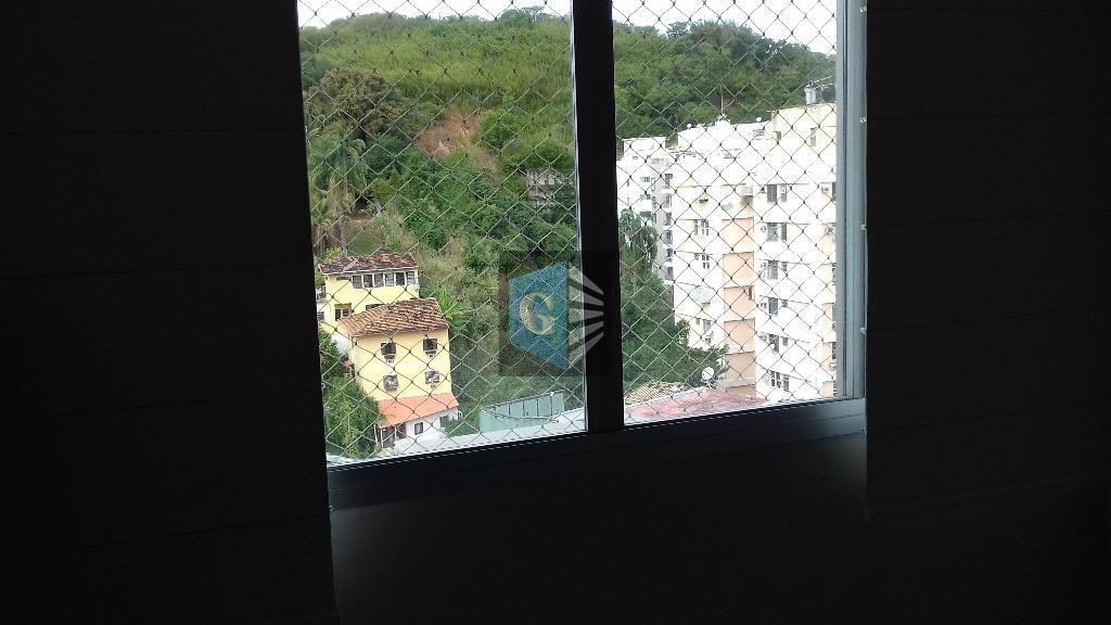 Paulo Alves -VAZIO - andar alto - indev - montado -porcelanato- varda - sla -2qtos - banhºsocial blindex -coz -deps.compl. play
