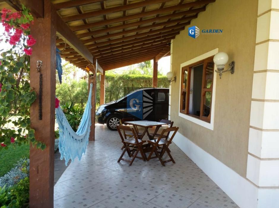 excelente casa de praia em cabo frio, de três quartos sendo um suite , quatro banheiros...