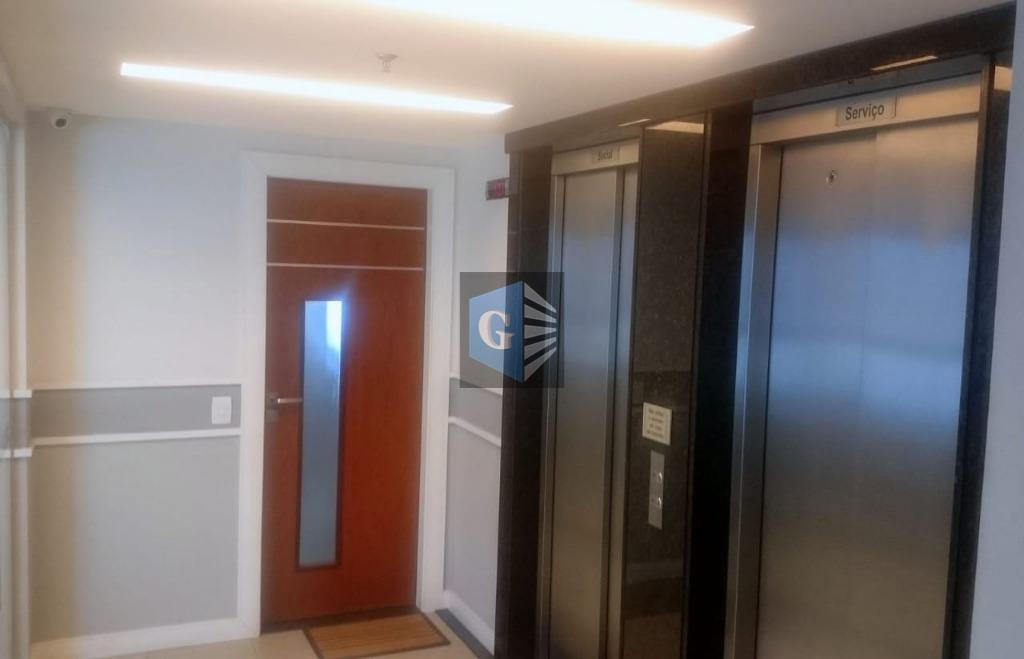 sala comercial montada (38m²) - prédio novo - lateral - - piso frio - banheiro social...