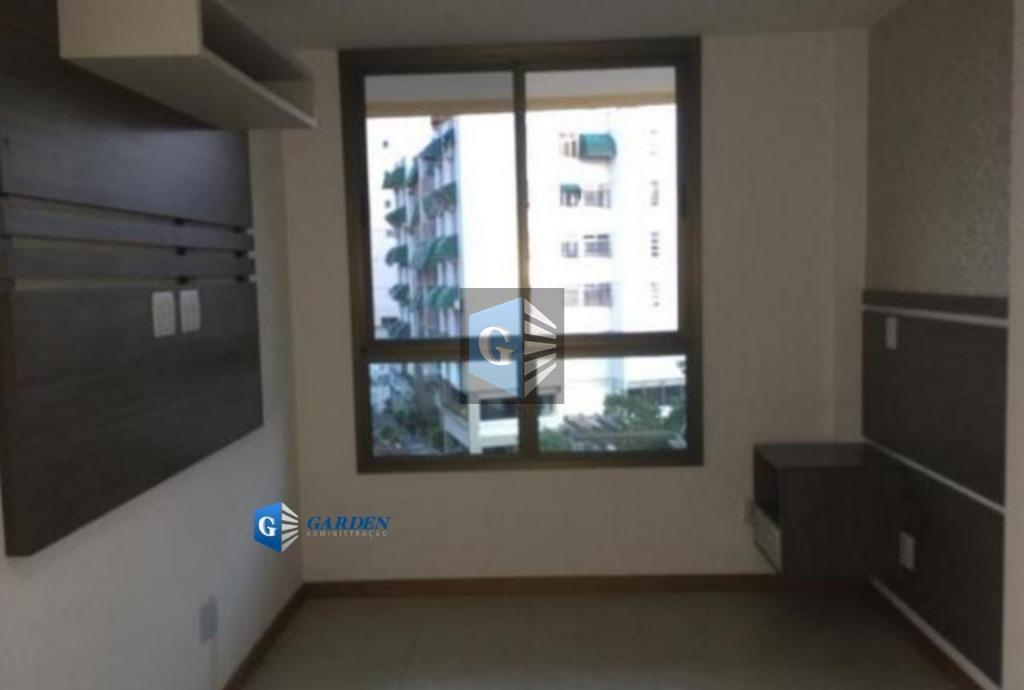 excelente apartamento no miolo de santa rosa em rua silenciosa e privilegiada, sol da manhã, junto...