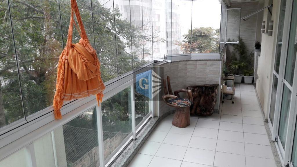 Apartamento e Condomínio de Luxo em Charitas- Niterói!