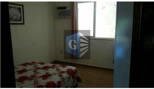 terreno contendo três casas!!*sendo a primeira composta por: 2 quartos sendo 1 suíte,sala, cozinha, banheiro social,...