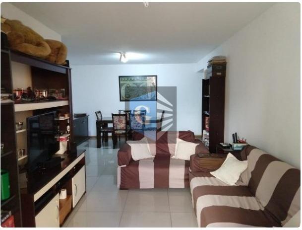 excelente apartamento em jardim icaraí. imóvel composto por 3 quartos sendo 1 suite, varandão , sala...