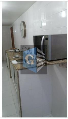 ótimo apartamento, claro e arejado, todo modernizado, materiais de primeira qualidade, louças e acabamentos, pisos em...