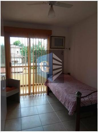 excelente casa a venda!imóvel composto por sala em 2 ambientes, 3 varandas, 3 quartos sendo 1...