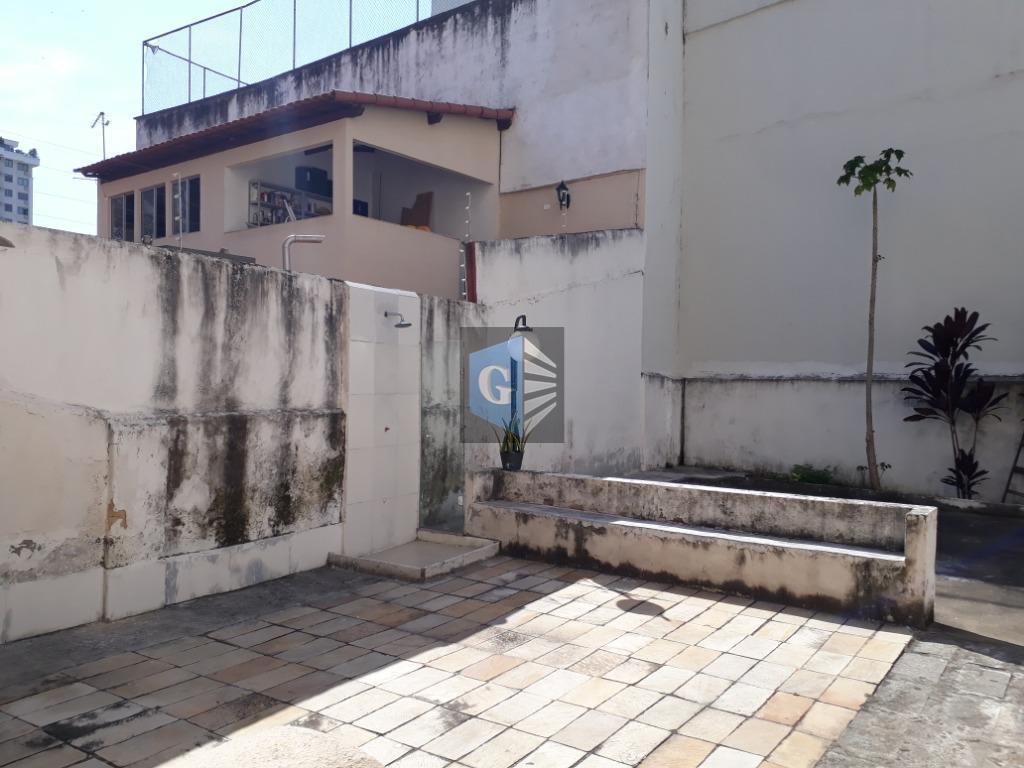 Newton Prado - térreo - varanda -sala -2qts -banhº - coz -área -dep.revertida - wc.  Lcal nobre.