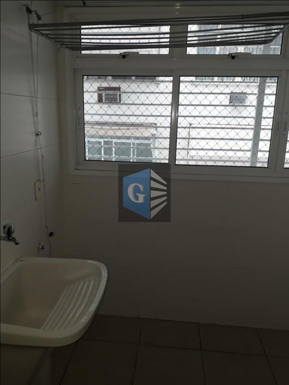 espetacular apartamento no ingá a 1 quadra da praia!!sala em l - varada gourmet - 2...