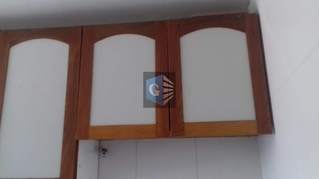 centro - área residencial, otimo apto. com 02 quartos, sala, cozinha planejada, area, banheiro, armários na...