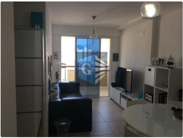 apartamento centro de niterói de frente - sol da manhã - varanda - sala - 2...