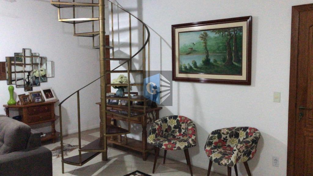 Apartamento Duplex com 2 dormitórios à venda, 150 m² por R$ 370.000 - Icaraí - Niterói/RJ