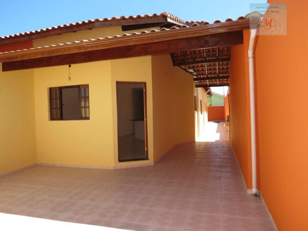 Linda casa no Grandesp em Itanhaém SP - entre a Linha e a Pista