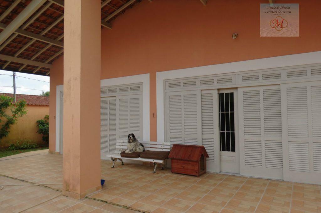 Linda Casa muito próxima do mar com Edícula, Cibratel II, Itanhaém.