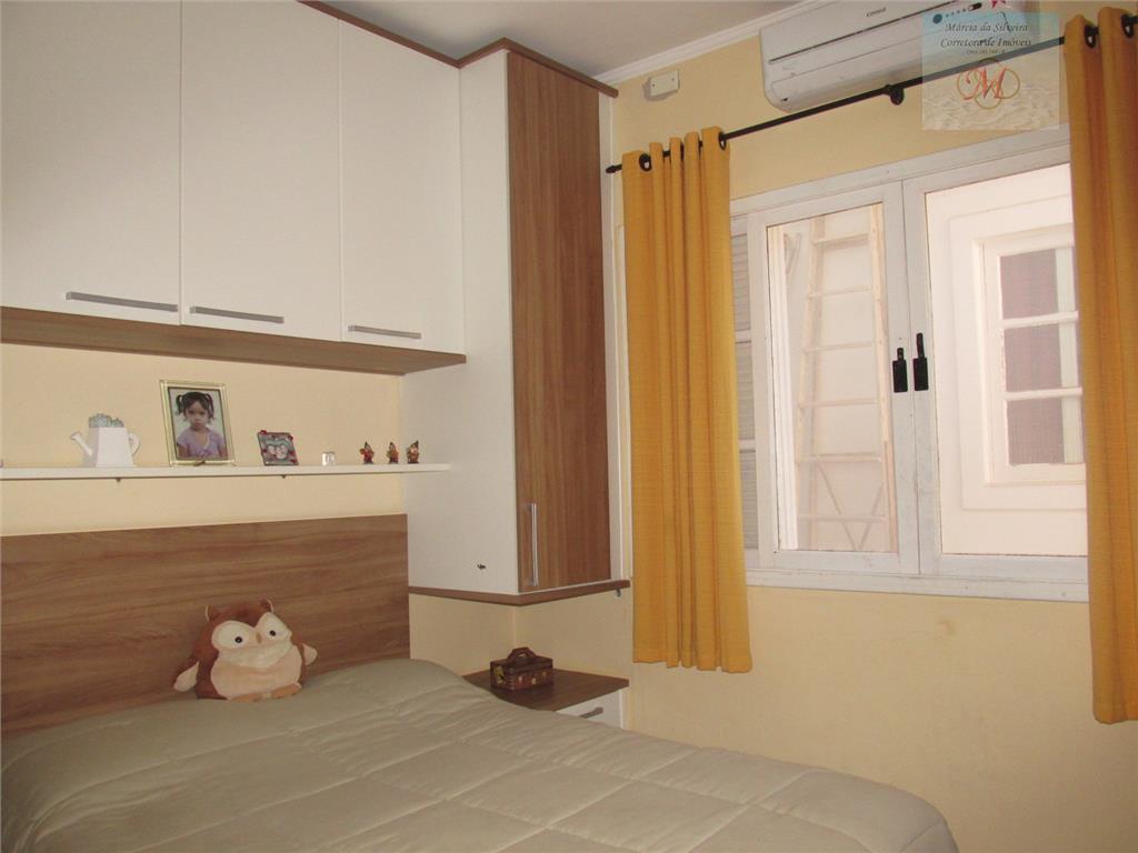 linda casa no bairro savoyentre linha do trem e praia - pertinho do mar.3 dormitórios, sendo...