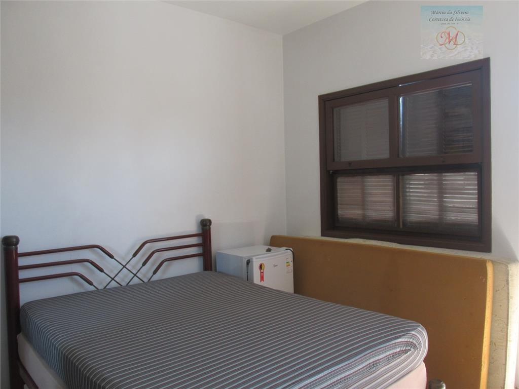 linda casa no bairro praia dos sonhos.casa principal com 2 dorms, 1 banheiro, sala e cozinha.quarto...