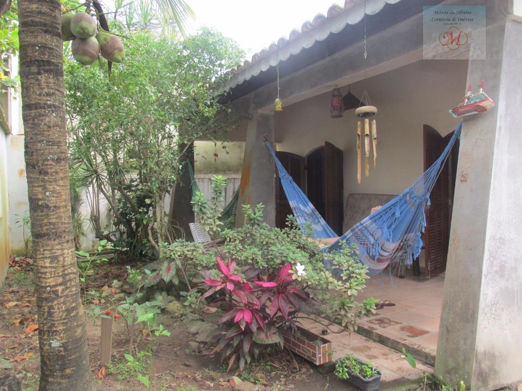 Casa com 4 dormitórios no bairro Savoy em Itanhaém