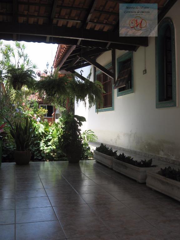 Casa (1 dormitório) com edícula (2 dormitórios) a venda no bairro Praia dos Sonhos em Itanhaém