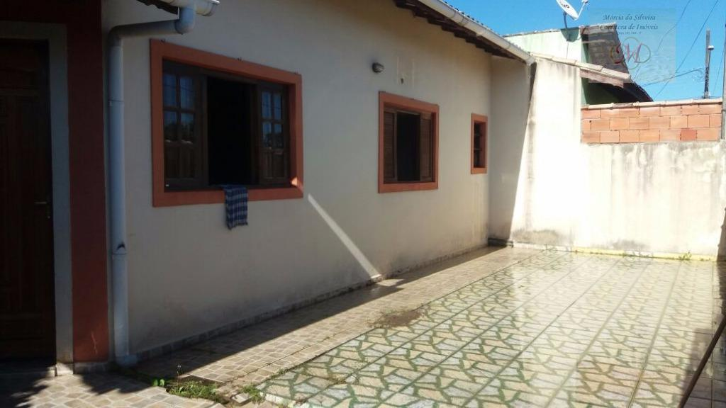 Casa geminada usada à venda, Jardim Magalhães, Itanhaém.