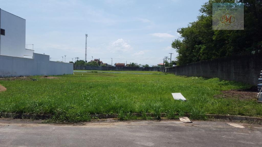 2 lotes com obras iniciadas a venda em condomínio fechado de frente para o mar em Itanhaém