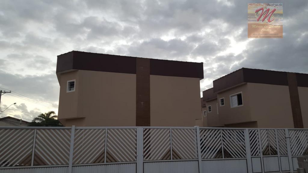 Sobrado em Condomínio com duas suítes a venda no bairro Suarão em Itanhaém