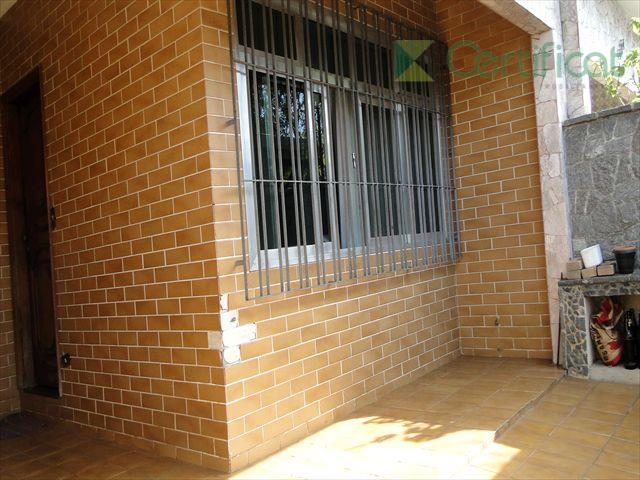 Casa residencial à venda, Vila Valença, São Vicente - CA0157.