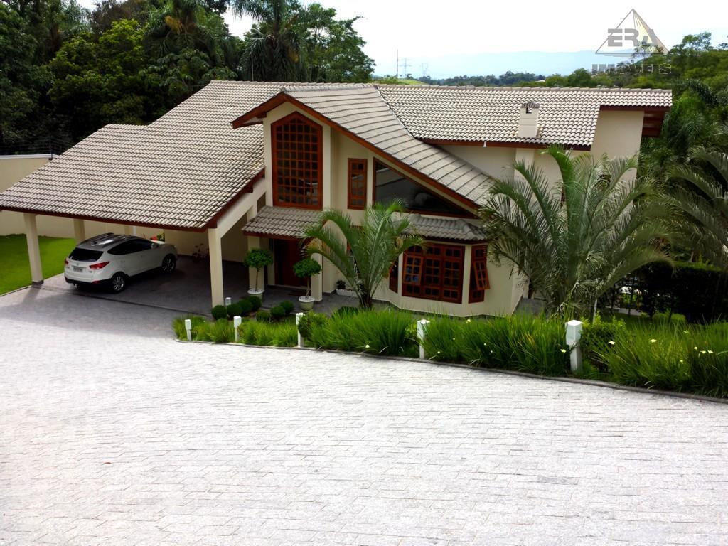 Maravilhosa Casa com Vista Permanente para a Serra do Itapeti, CA0003