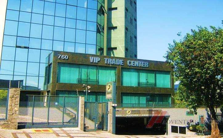 sala comercial no edifício vip trade center, ampla sala comercial no 2° andar com piso em...