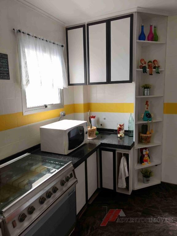apartamento com 3 dormitórios sendo 1 suíte, 2 vagas demarcadas, 80m²lindo apartamento! todo reformado.cozinha super ampla...