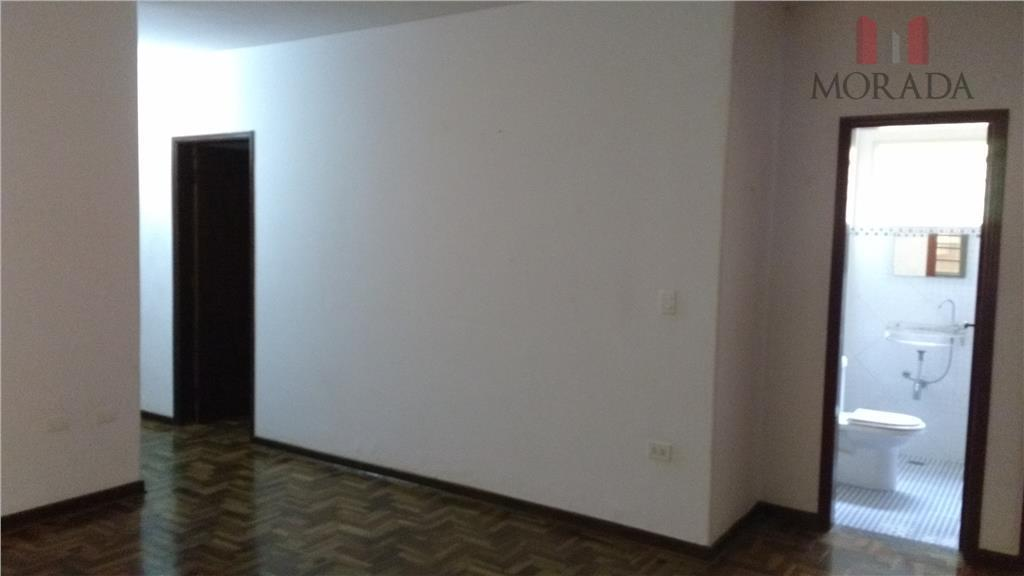 casa ampla com 3 dormitórios, sendo 1 suíte, sala para 2 ambientes, cozinha planejada, 1 cômodo...