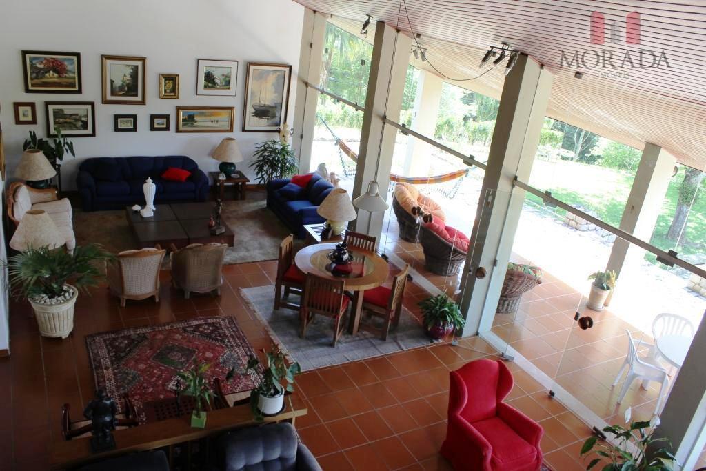 ótima casa com 4 dorms, sendo 2 suítes, closet, sala de almoço ampla, sala de tv,...