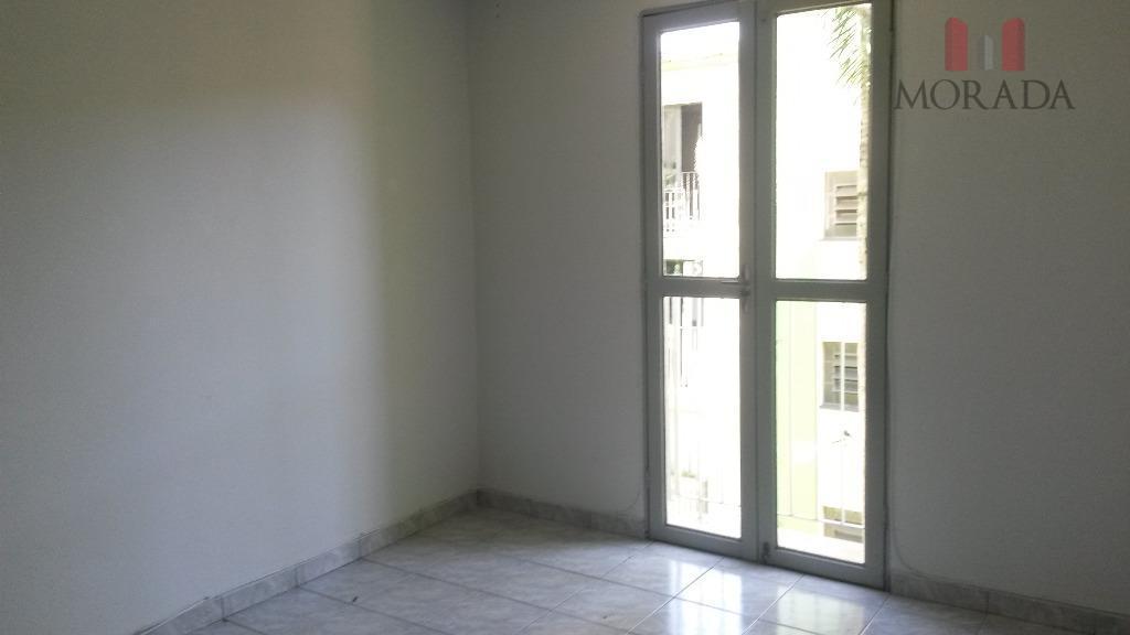 ótimo apartamento com 2 dorms, sala, cozinha com cooktop e forno, wc, área de serviço, 1...