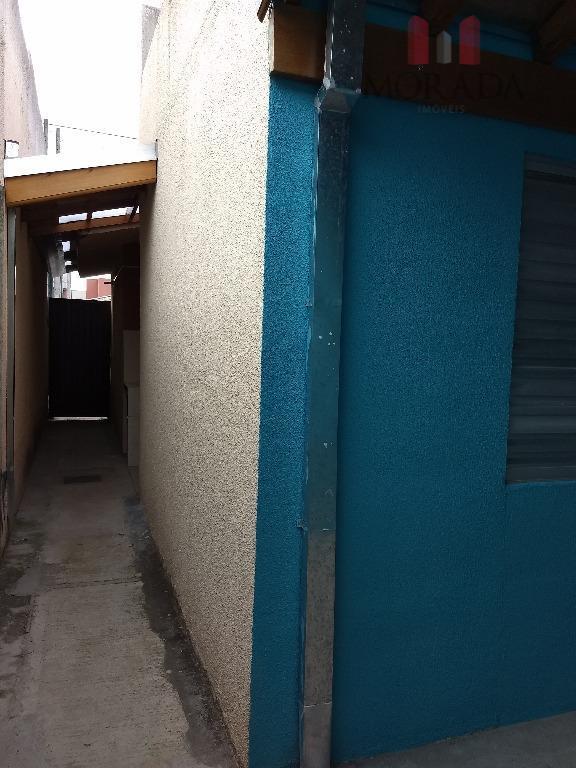 casa nova em condomínio com 2 dorms, sala, cozinha, wc com box, piso frio, varanda. impecável!próximo...