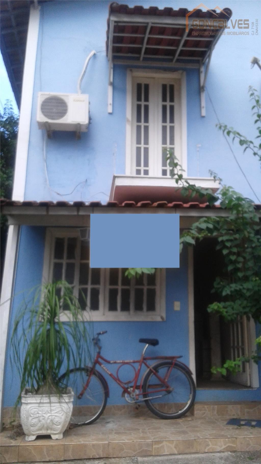 Casa de condomínio em Campo Grande, 2 quartos e 1 vaga.