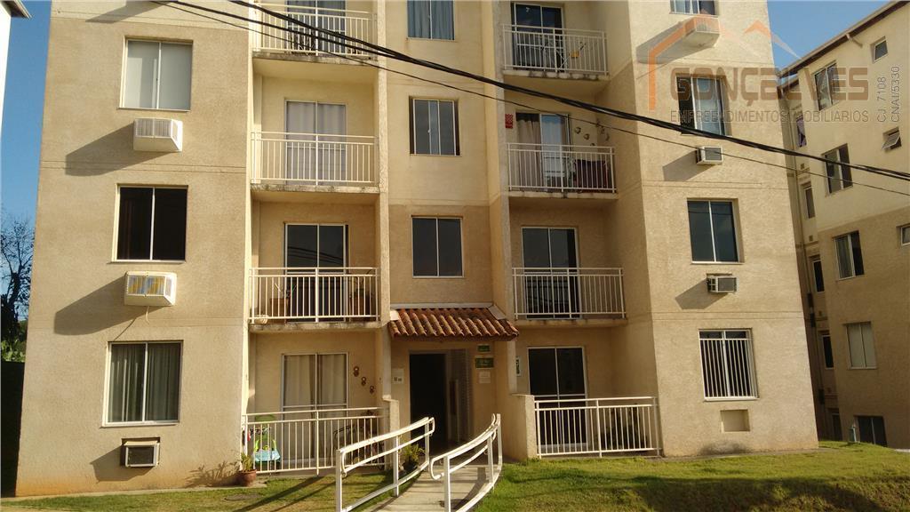Ótimo apartamento em condomínio fechado, 03 quartos, vaga de garagem. Aceitando financiamento!