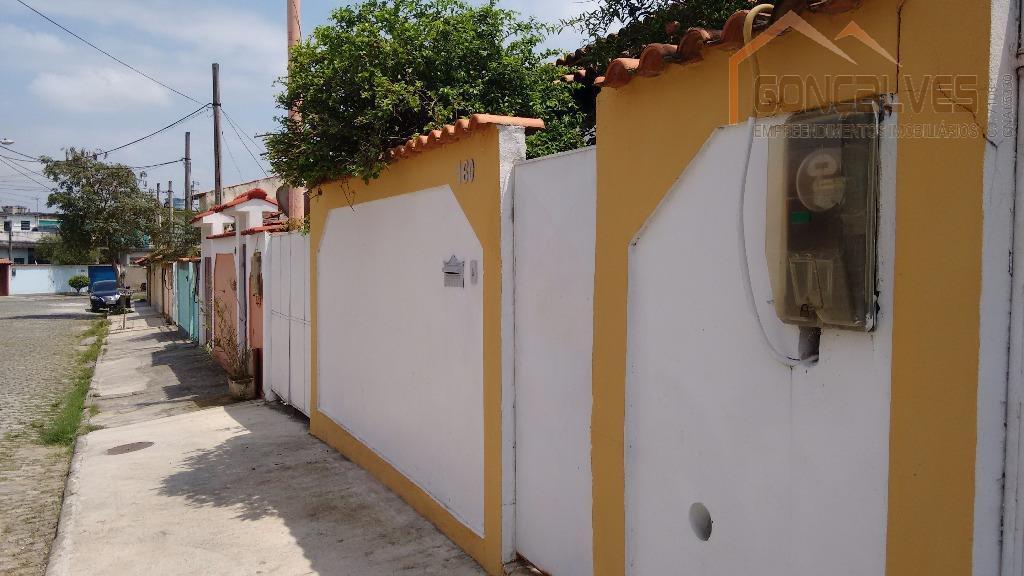 Excelente casa de 2 dormitórios em bairro residencial. Aceitando financiamento!
