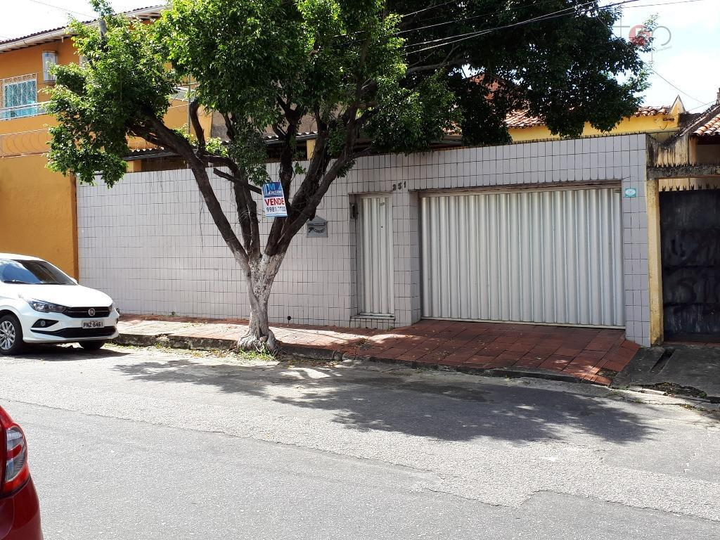 Casa residencial à venda, Demócrito Rocha, Fortaleza.