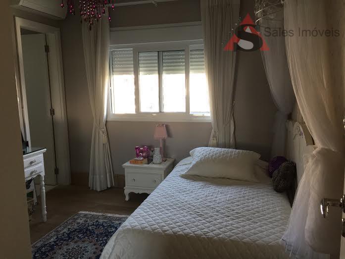 apartamento alto padrão com 3 dormitórios, sendo 3 suítes, closet, living room com 3 ambientes, varanda...