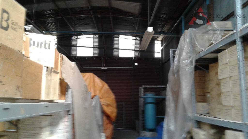 vendo galpão/armazém; 11 m² e frente para rua camilo jose 78.5 m² de fundos ate a...
