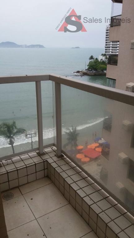 venha morar no melhor e mais famoso condomínio do guarujá. condominio à 500 mts do mar....