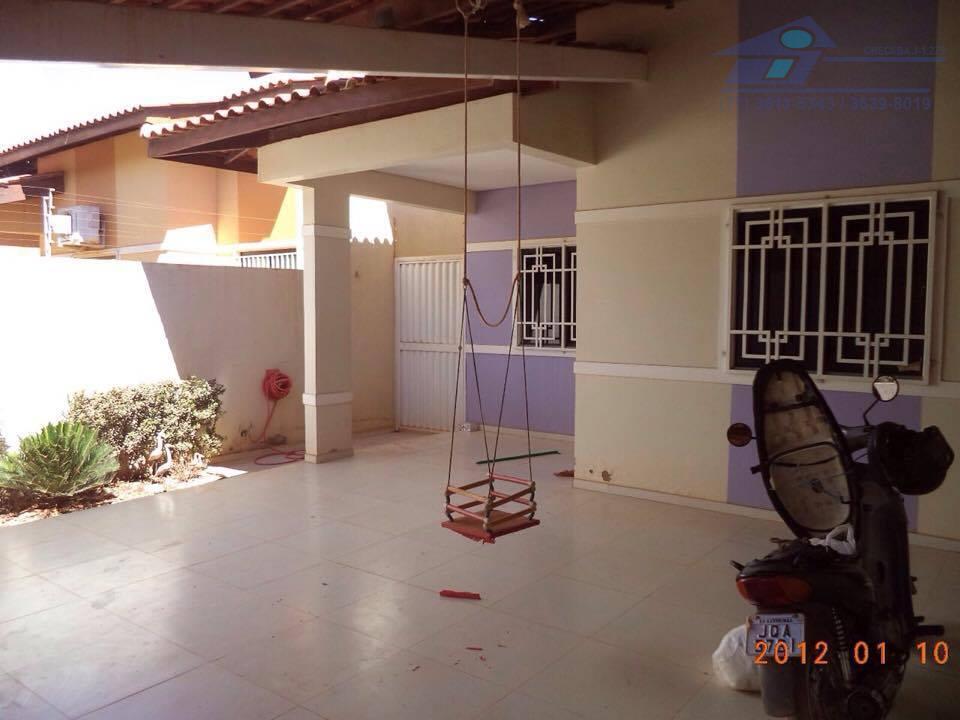 Casa residencial para venda e locação, Vila Regina, Barreiras.