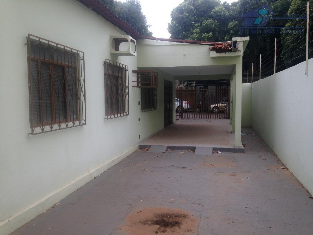 Casa residencial para locação, Centro, Barreiras.