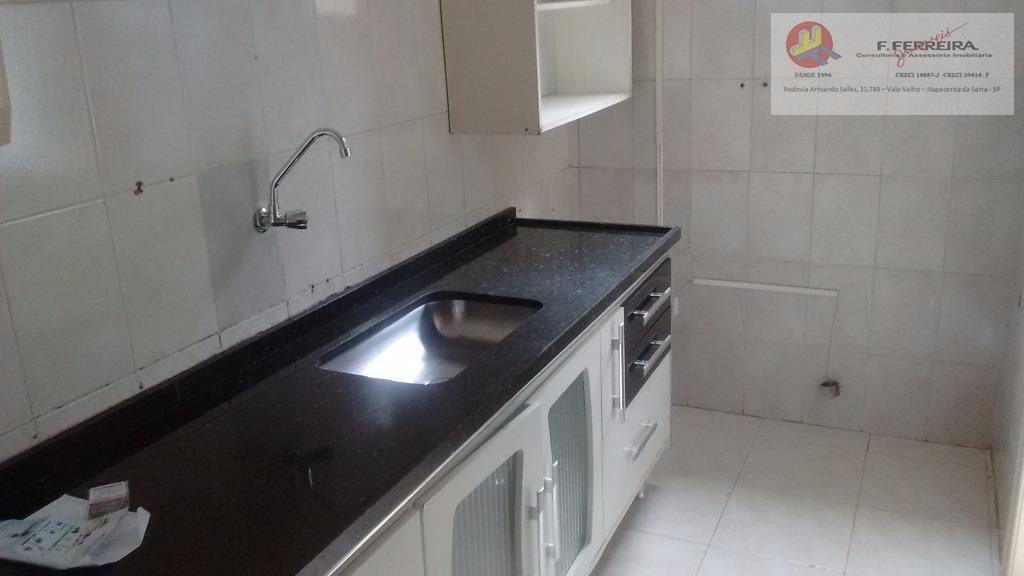 2 dormitorios, sala, cozinha, banheiro, lavanderia e 1 vaga de garagemvalor ja com condominio