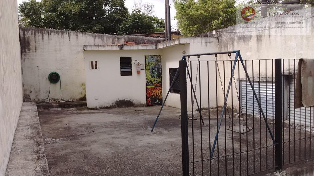 1 sobrado com 02 dormitórios01 sala01 cozinha01 banheiro01 área de serviço01 vaga para carro
